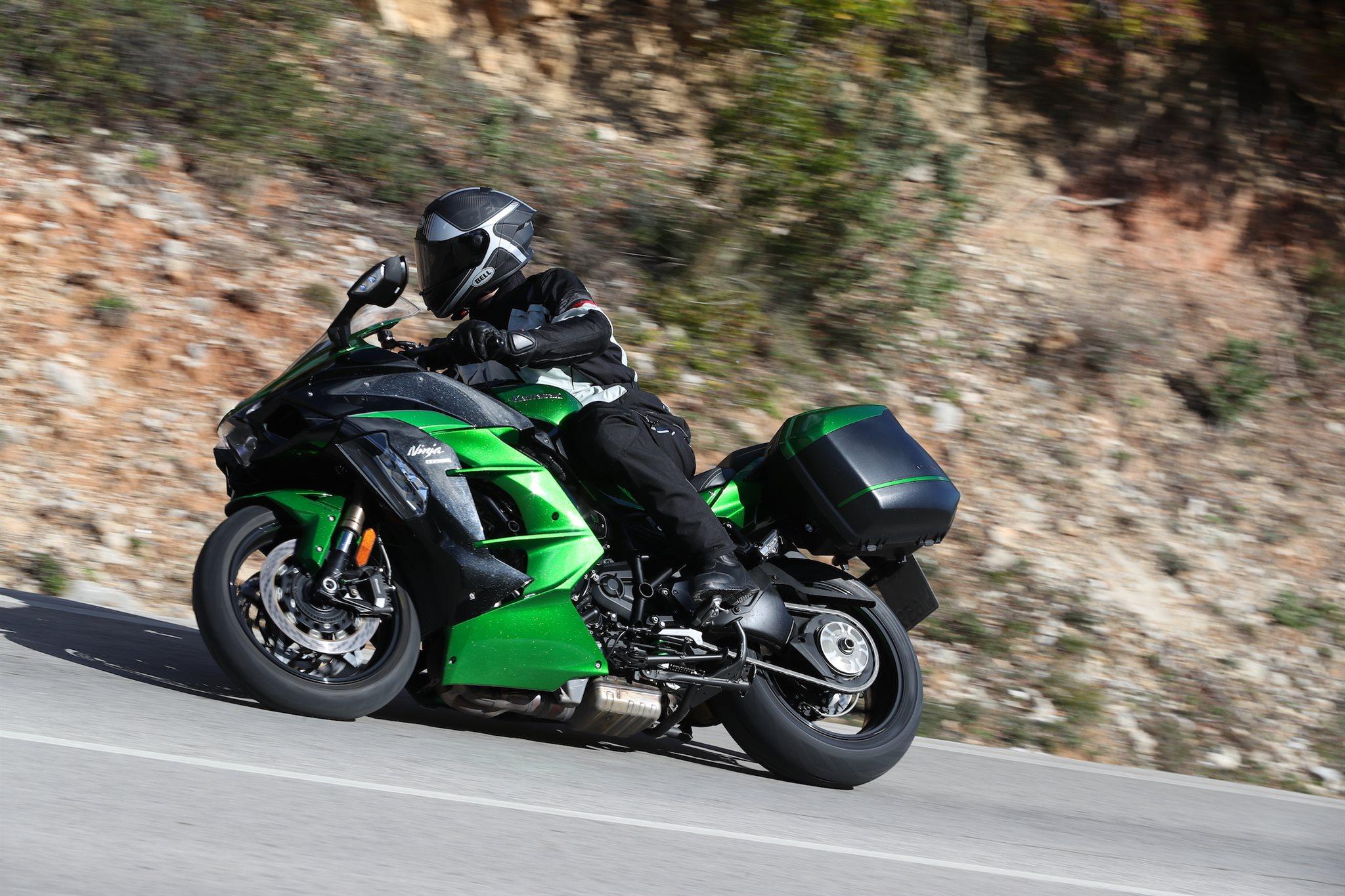 Kawasaki Ninja H2 Sx Test Und Erfahrungen Testbericht