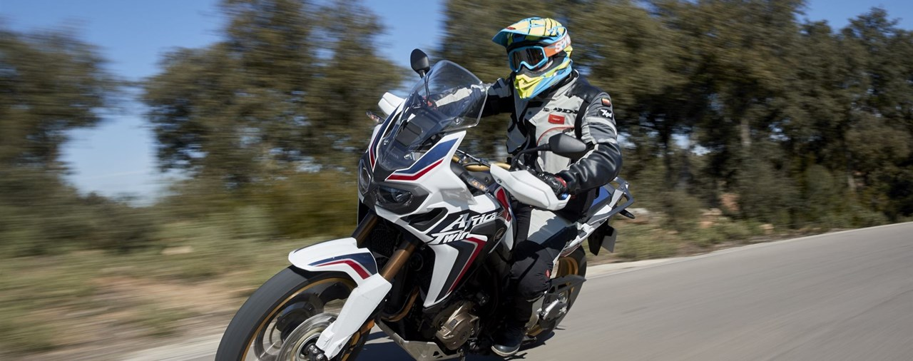 honda crf1000l africa twin 2018 testbericht. Black Bedroom Furniture Sets. Home Design Ideas