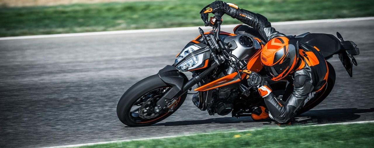KTM 790 Duke in der 1000PS Live-Motorradtalkshow!