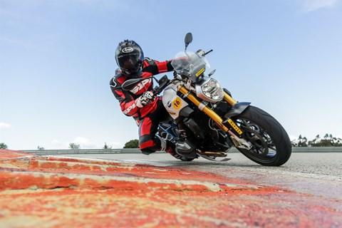 Dunlop Sportsmart TT Test