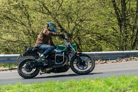 "Wunderlich BMW R nineT Scrambler ""Green Hell"" Test 2018"
