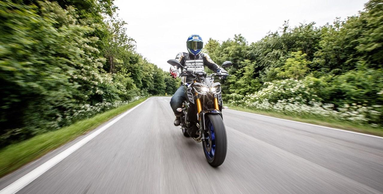 Naked Bike Vergleich 2018: Yamaha MT-09 SP