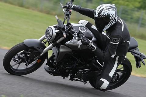 Honda CB300R Test