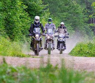 Die wichtigsten Adventure Bikes der mittleren Preisklasse