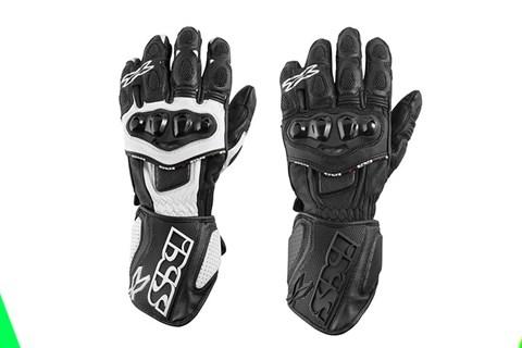Allzeit Griffbereit mit dem RS-300 Sport-Handschuh von IXS