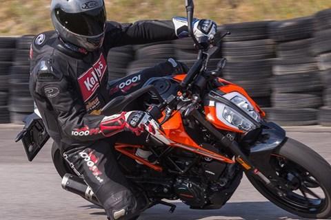 125er Vergleich: KTM 125 Duke Test