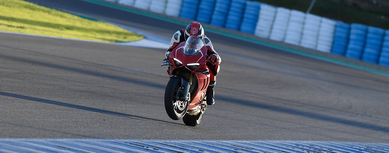 Ducati Panigale V4 R 2019 Test