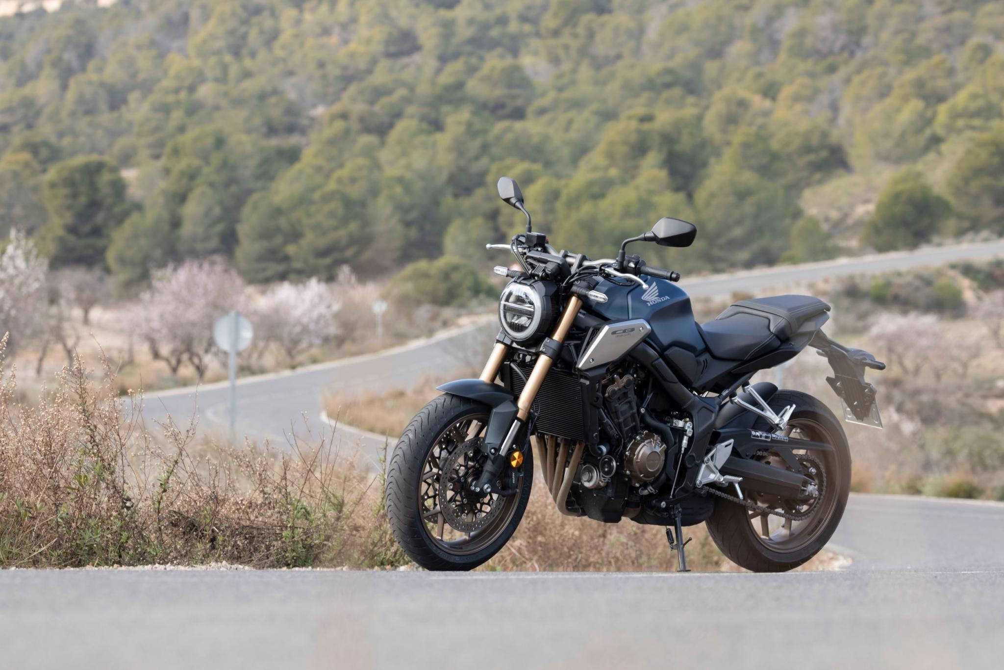 Honda CB650R Estimated Price, Launch Date 2021, Images