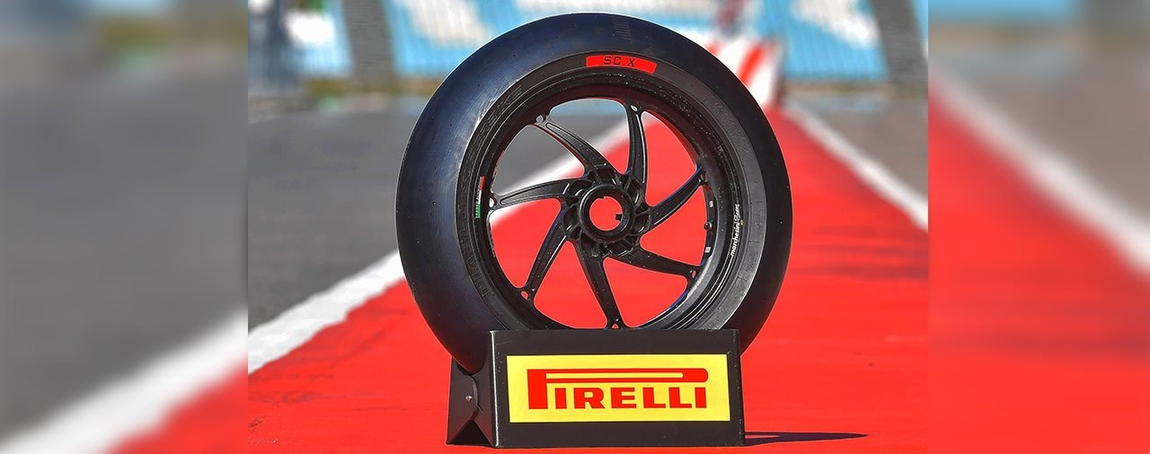 Pirelli DIABLO Rennstreckenreifen 2019