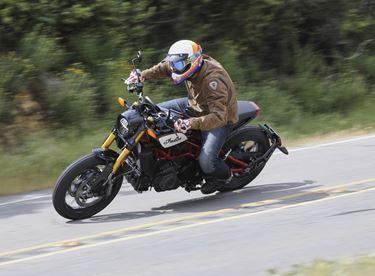 Die Stärkste Motorrad Seite Im Internet 1000psat