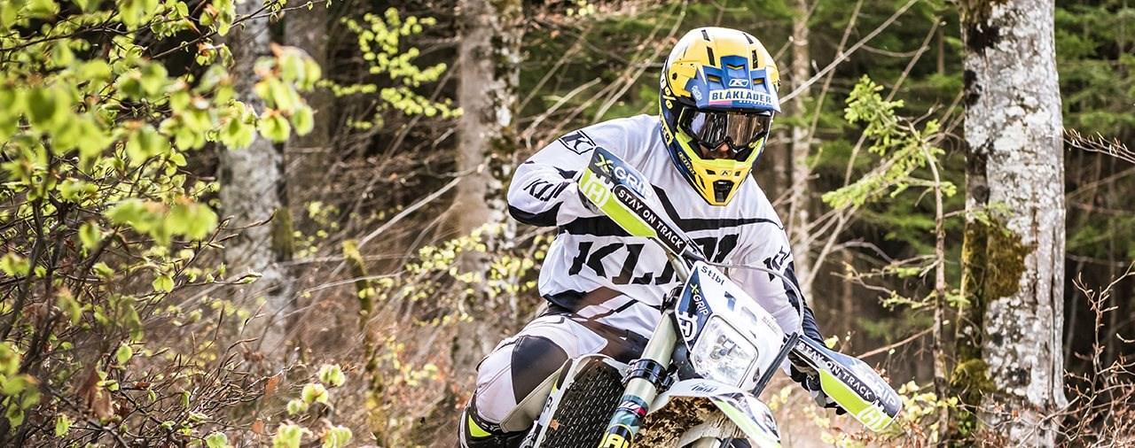 Lars Enöckl startet mit neuem Team und neuem Bike in die WESS
