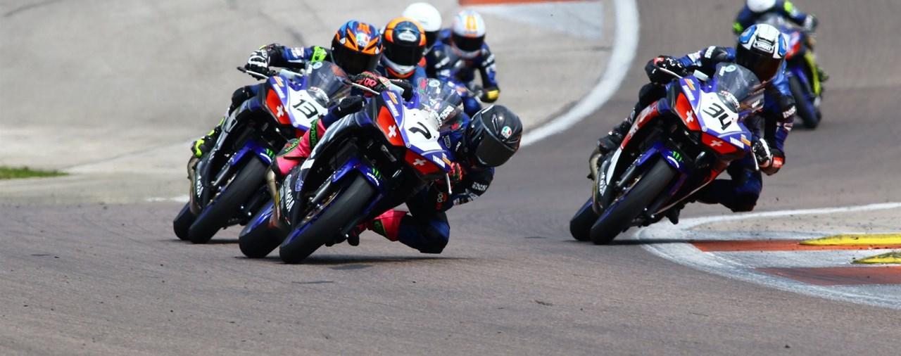 Zweiter Lauf des Yamaha R3 Blu CRU Cup in Dijon