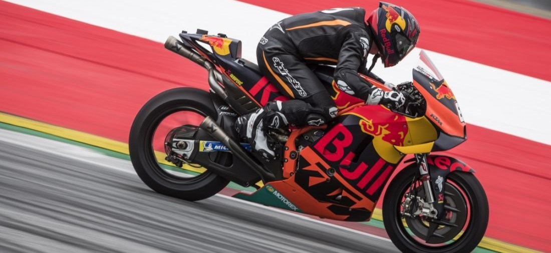 MARCEL HIRSCHER AUF MotoGP-RAKETE AM RED BULL RING