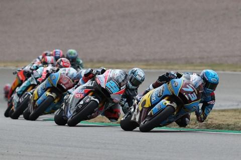 Moto2-Motorräder begeistern am Sachsenring und in Goodwood