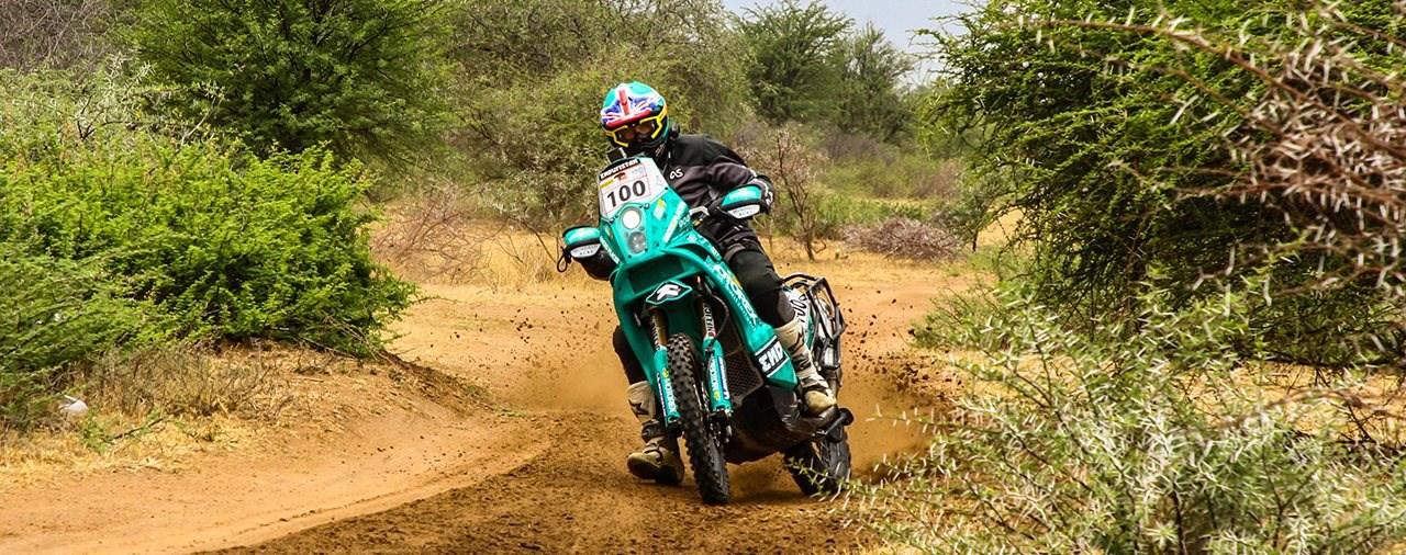 Motorrad-Weltreisender Lyndon Poskitt besucht MOTOREX