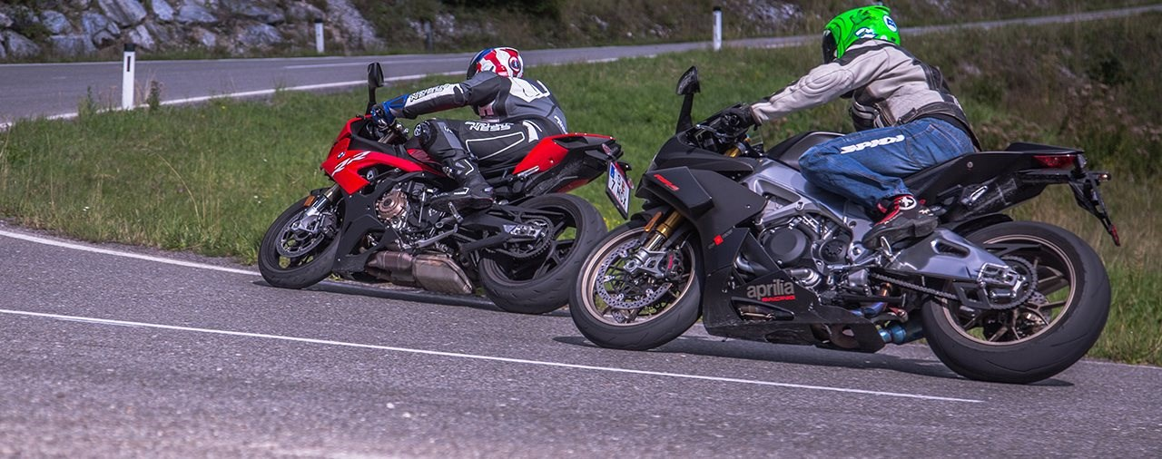 Aprilia RSV4 1100 Factory vs. BMW S 1000 RR 2019