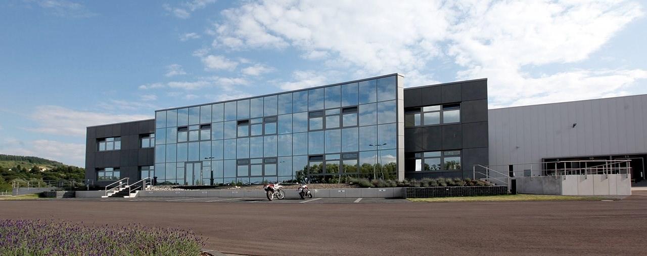 SW-MOTECH startet Vertriebspartnerschaft mit Parts Europe