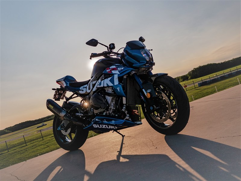 Suzuki Virus 1000 R Umbau & Tuning Projekt