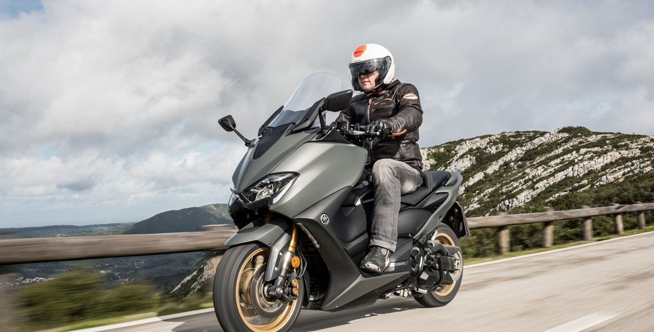 Yamaha TMAX Tech MAX 560 2020 Test