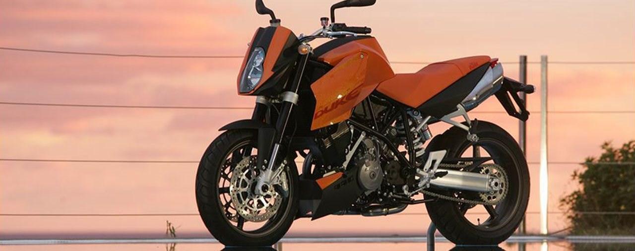 "The Origin of ""The Beast"" - KTM 990 Super Duke"