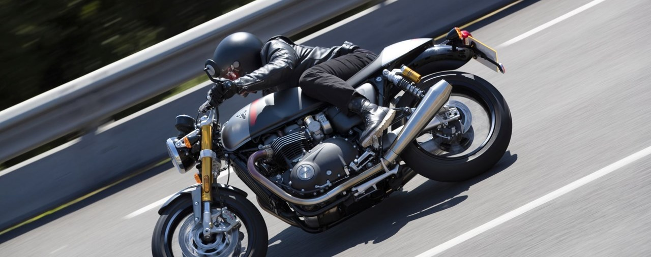 Triumph Thruxton RS Test