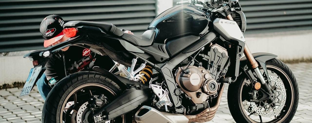 Motorrad richtig auswintern - darauf musst du achten!