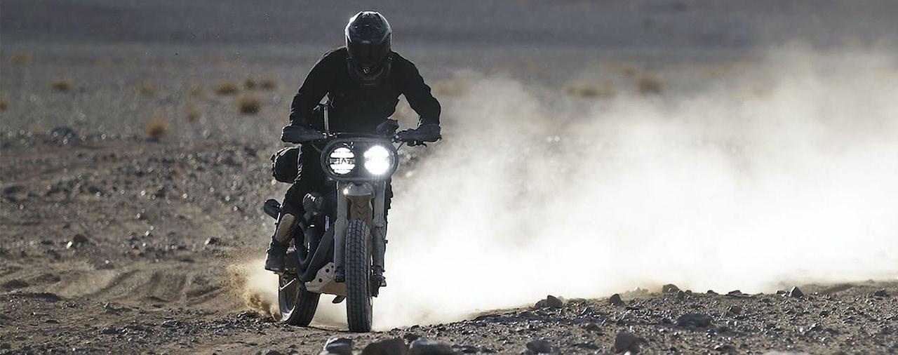Harley-Davidson 1200 Roadster 'Desert Wolve'