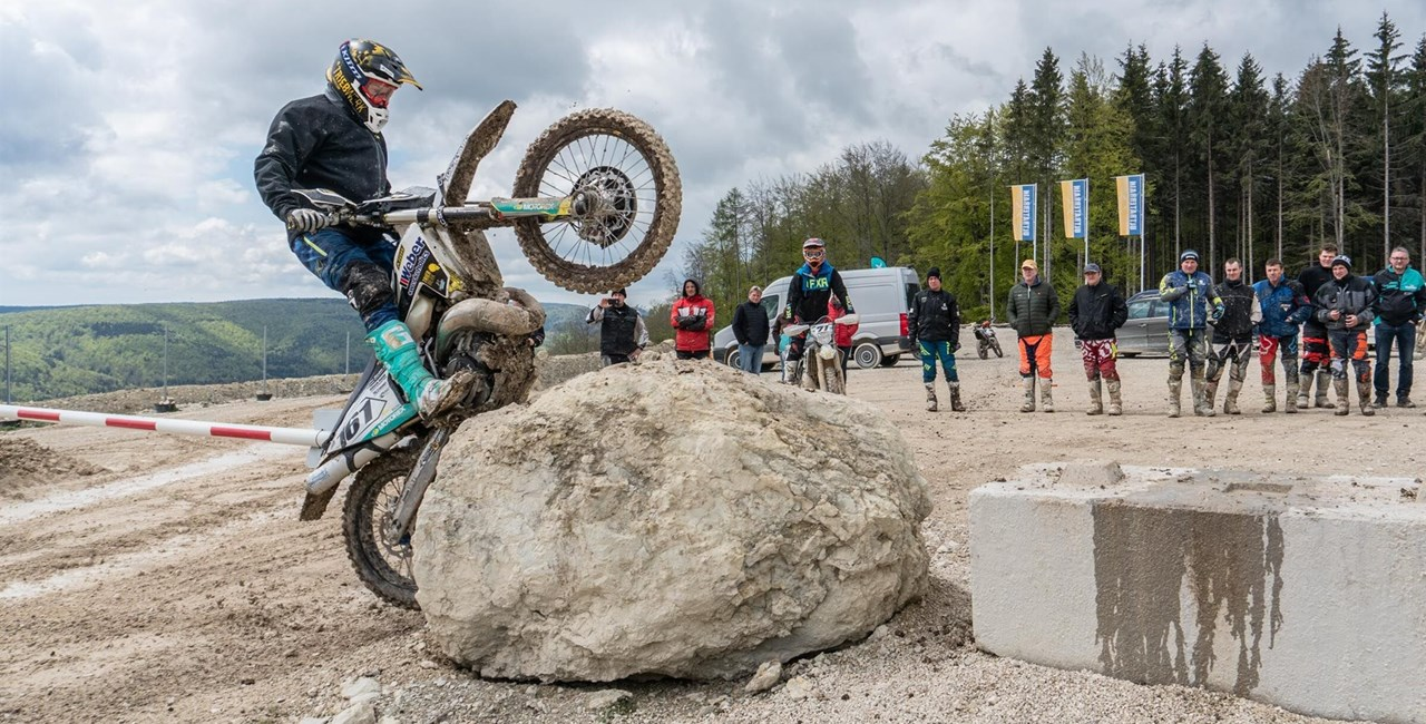 MOTOREX Dirt Mania 2020 - Endurofahren von Profis lernen