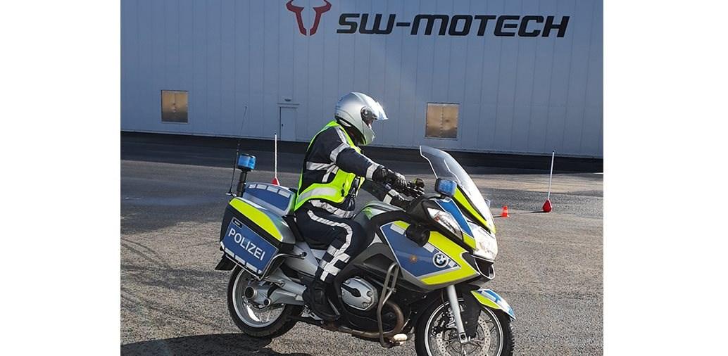 SW-Motech bietet gratis Fahrsicherheitstraining!