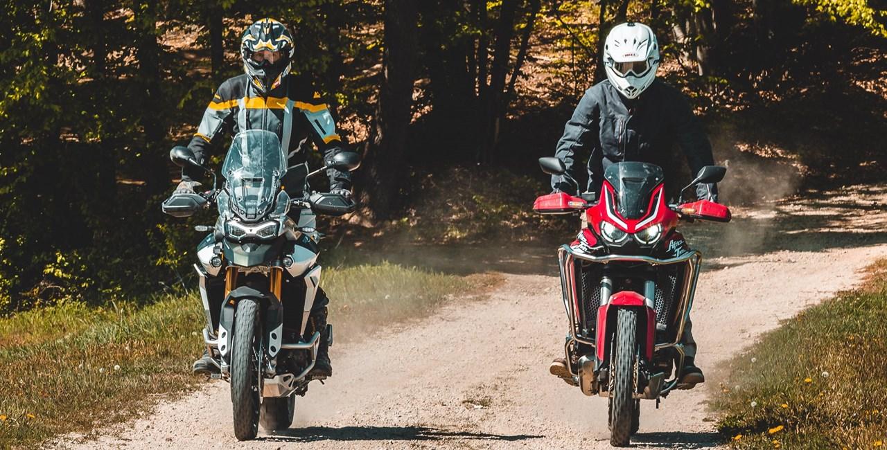 Honda Africa Twin gegen Triumph Tiger 900 Vergleich im Gelände