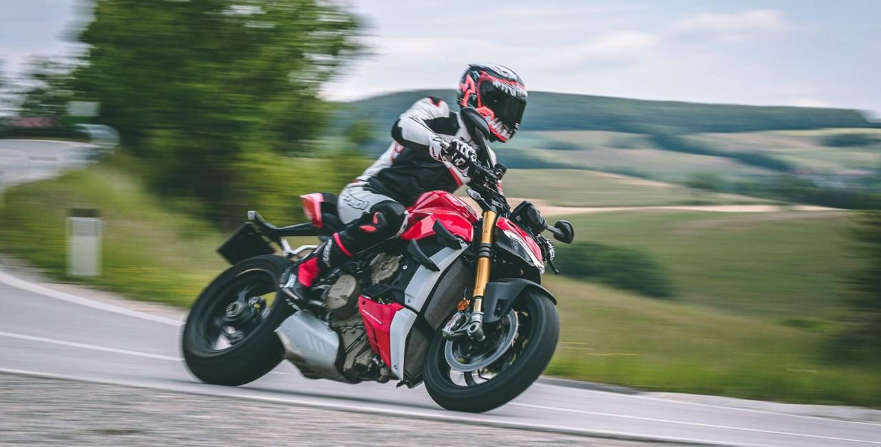 Ducati Streetfighter V4 S Test - Im Nakedbike Vergleich