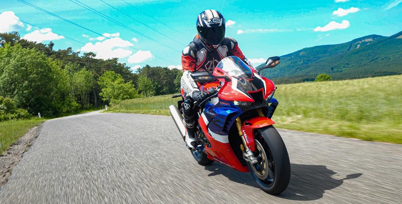 Honda CBR1000RR-R Fireblade SP 2020 Landstrassentest