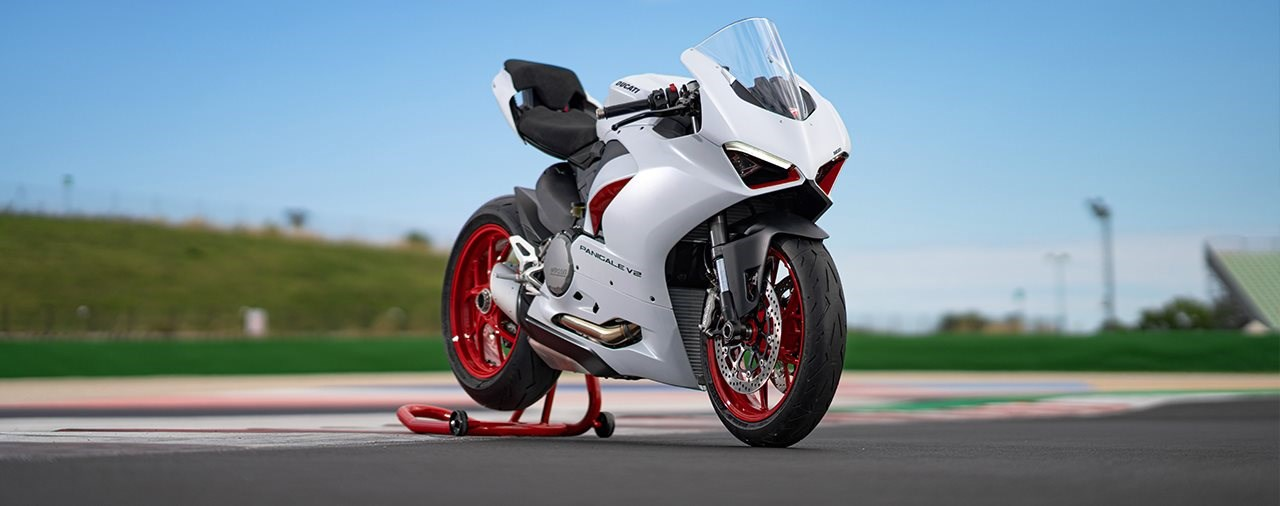 Ducati Panigale V2 2020 jetzt auch in White Rosso