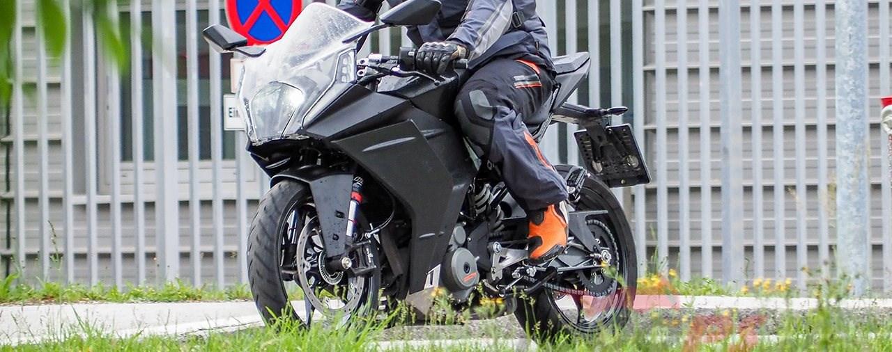 KTM RC 390 Erlkönig für 2020 gesichtet
