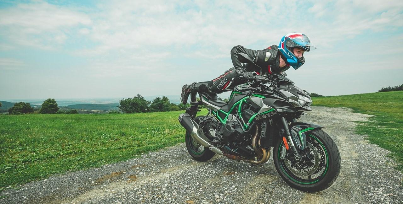 Kawasaki Z H2 als Einsteigermotorrad?!? - A2-Pilot auf 200PS-Bike