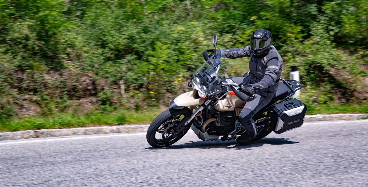 Moto Guzzi V85 TT Travel Test 2020