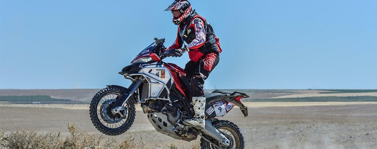 Ducati Multistrada 1260 Enduro holt P1 bei Transanatolien-Rallye
