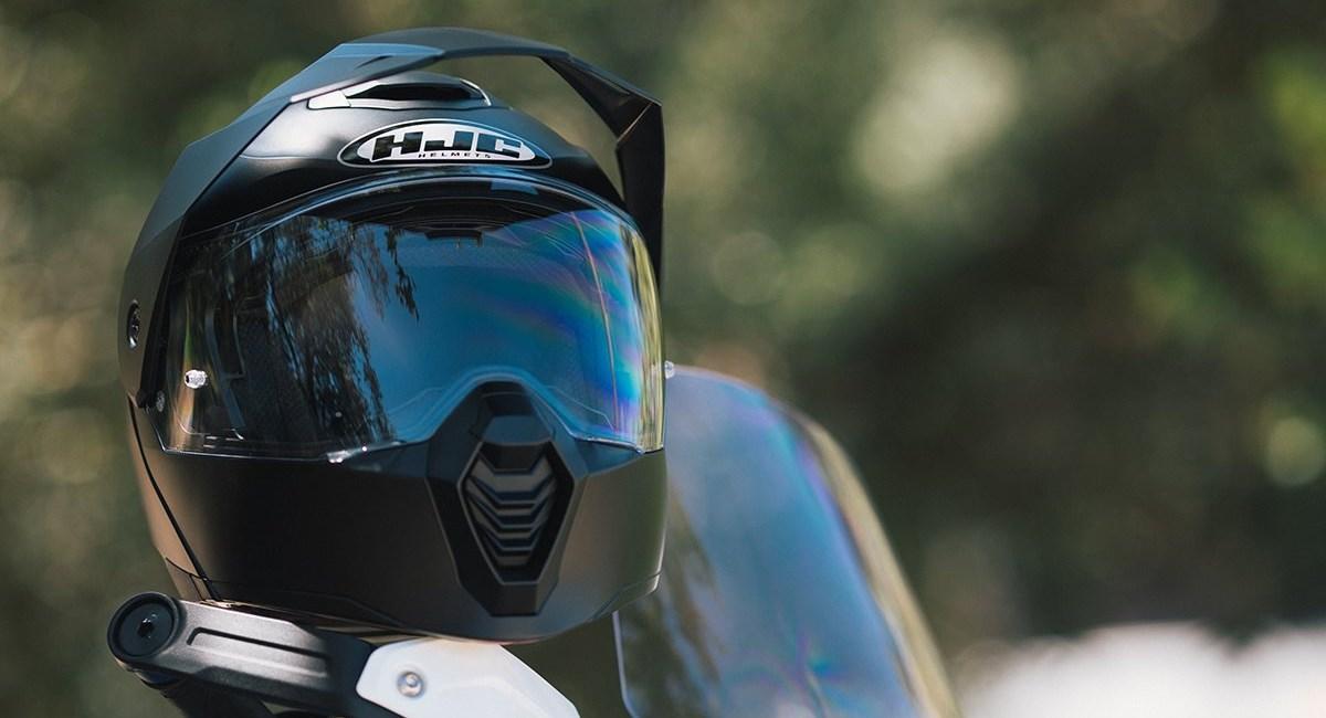 Neue HJC Helme 2021: V30 Carbon, i30, C80
