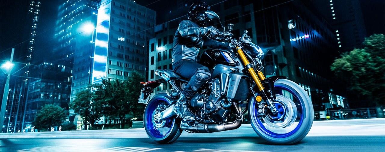 Yamaha MT-09 SP 2021 - the fast side of Japan