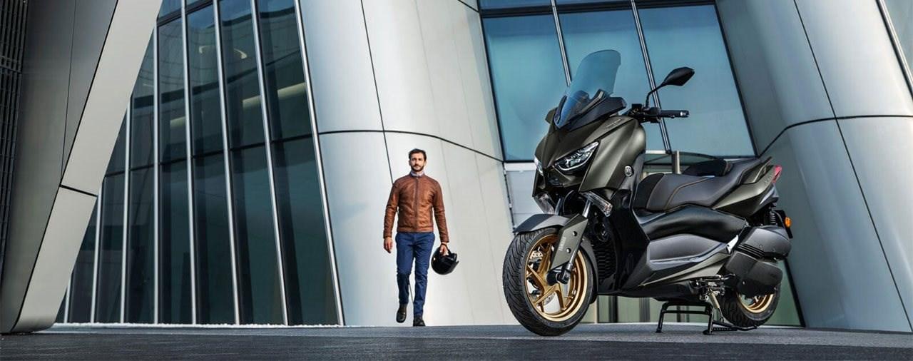 Euro5-Motoren & neue Farben für Yamaha TMax & XMax Roller 2021
