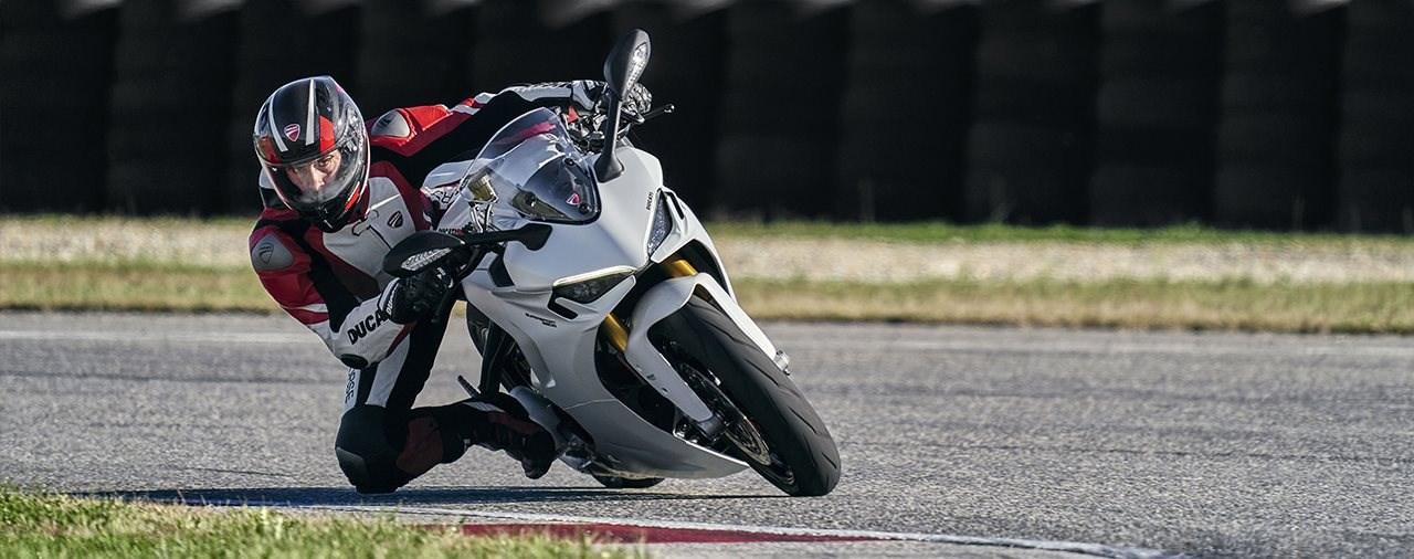 Neue Ducati Supersport 950 für 2021 - genug Supersportler?