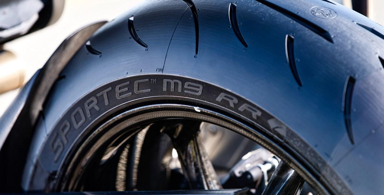 Metzeler verdoppelt Reifengarantie für seine Kunden