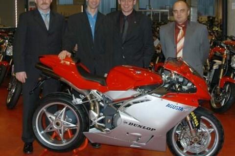MV Agusta und Jörg Teuchert in der Superbike-IDM 2004