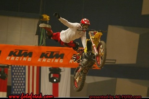 Night of the Jumps 2004