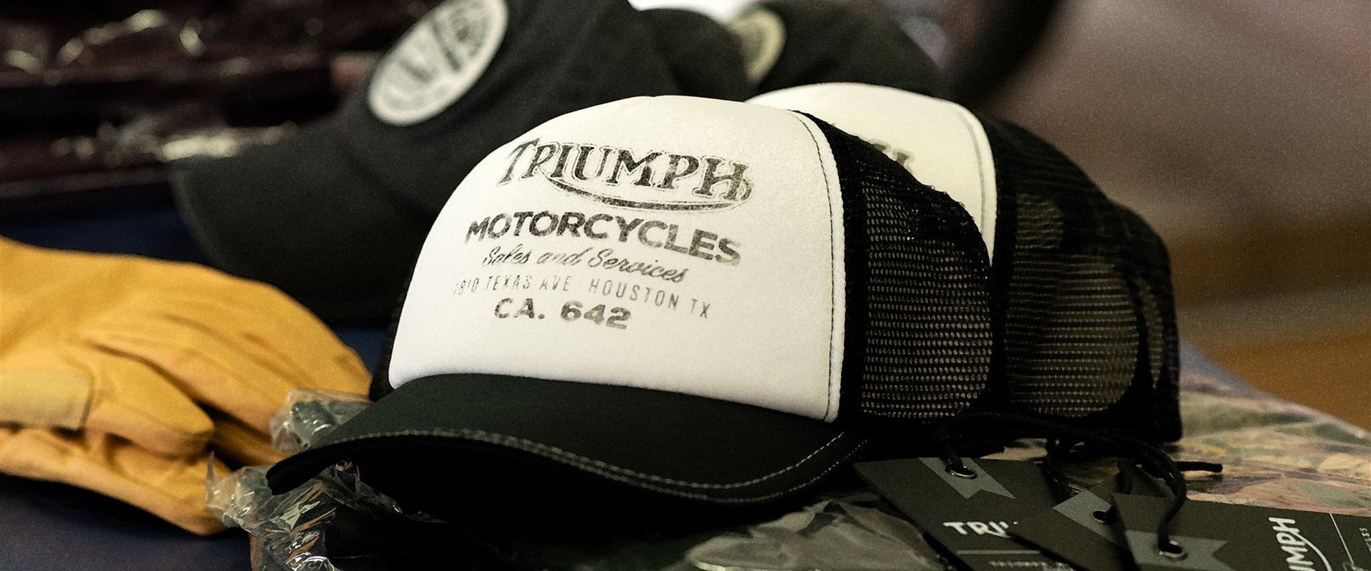 Get your Style - Triumph Originalbekleidung