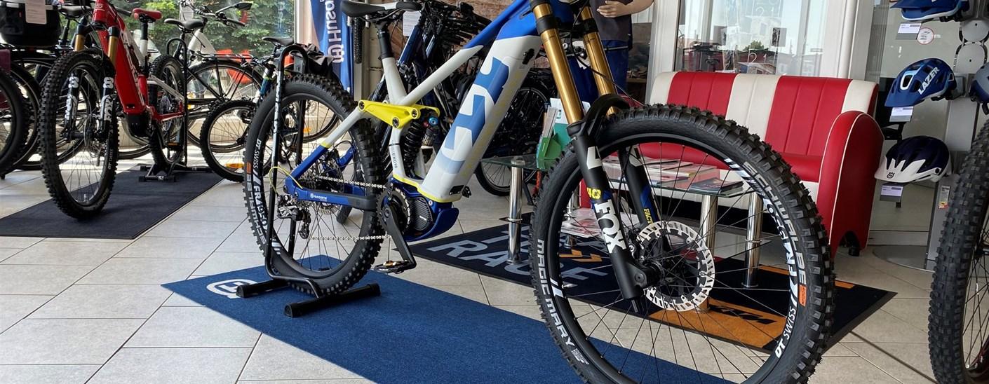 """Bei uns erhältlich, Fahrräder der Firma Pexco. Z.B. Husqvarna Mountain Cross 27,5"""" ( MC8 )"""