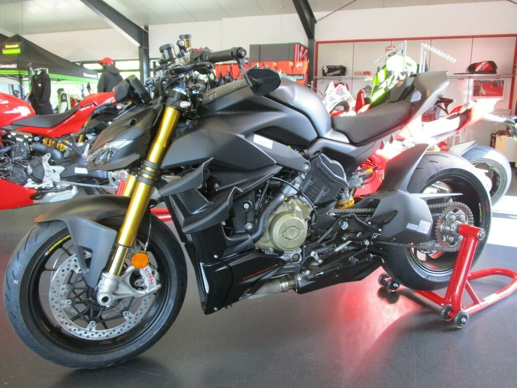 "Die neue DUCATI Streetfighter V4 ""EDIZIONE ROSSO"" made by Team Wahlers"