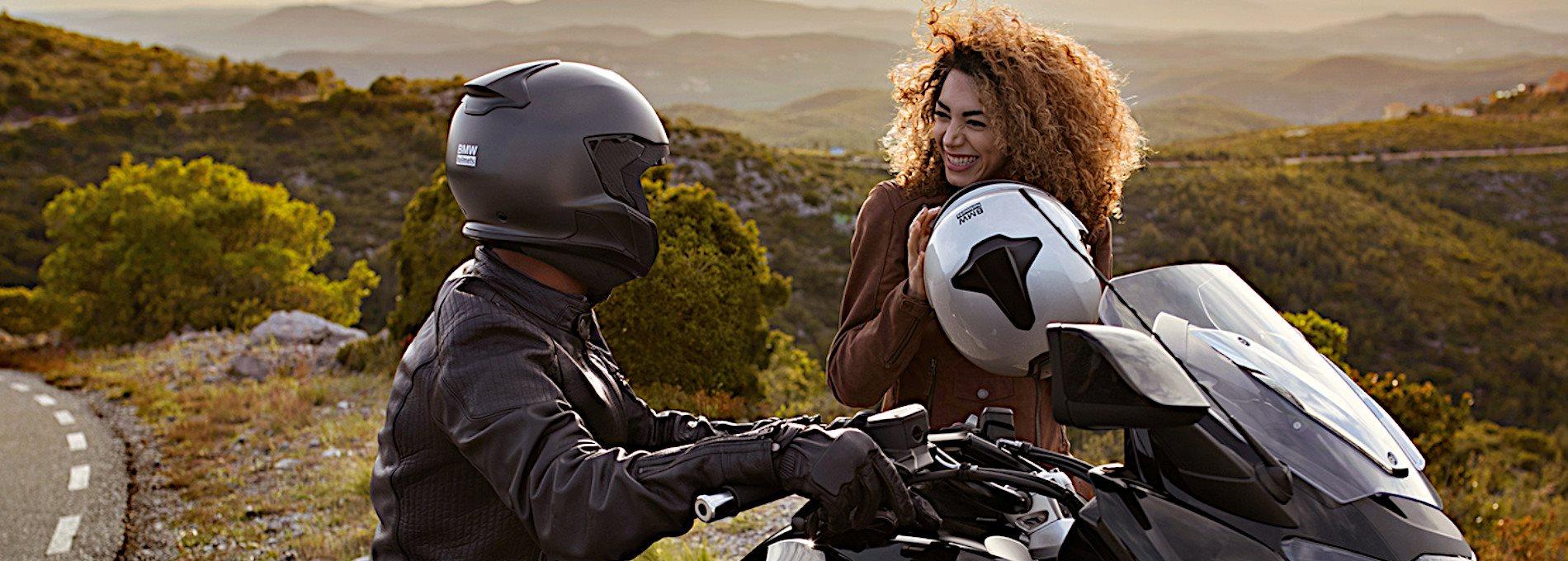 Spare 15% bei Helme und Kommunikationssytemen.