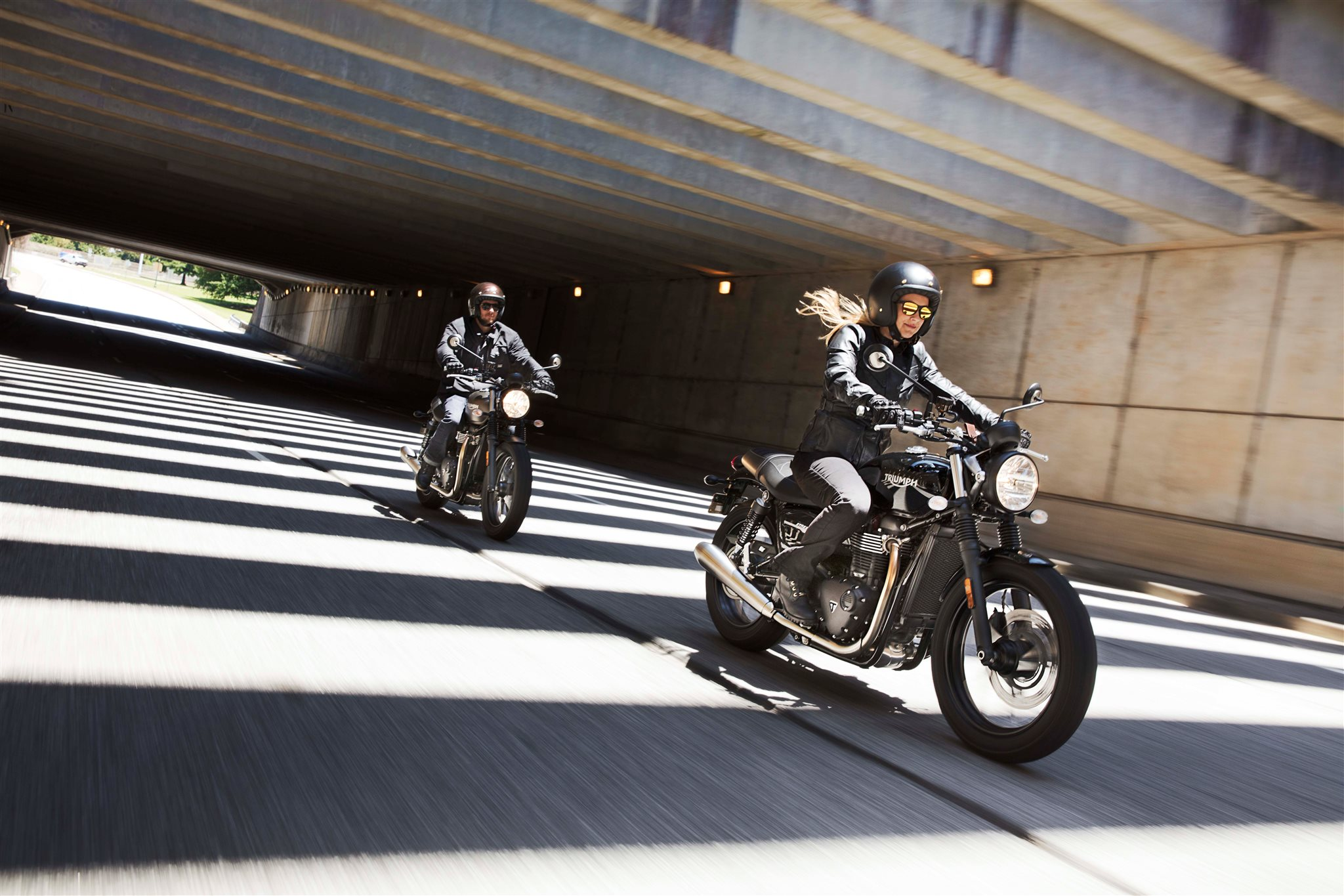 Entdecke die Triumph End of Season Deals