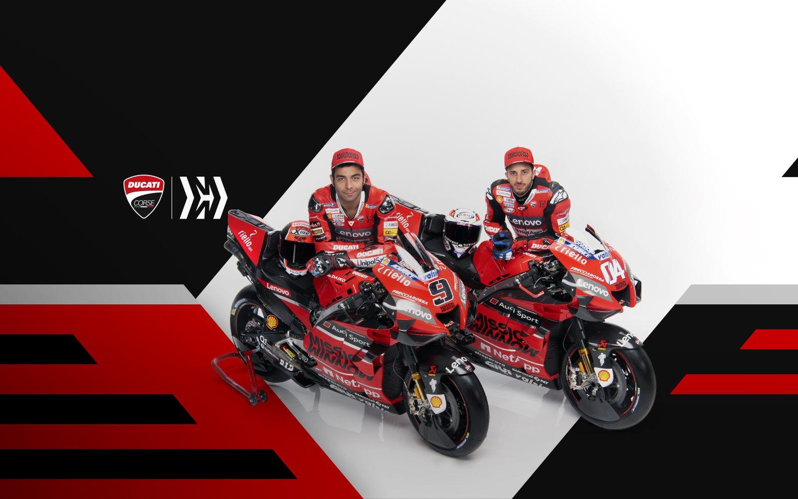Die neuen Desmosedici GP und unsere Fahrer Danilo Petrucci und Andrea Doviziso sind bereit für die Rennstrecke! Wir freuen schon uns auf die neue Saison - Los geht es mit dem ersten Rennen am 8. März in Qatar. #ForzaDucati